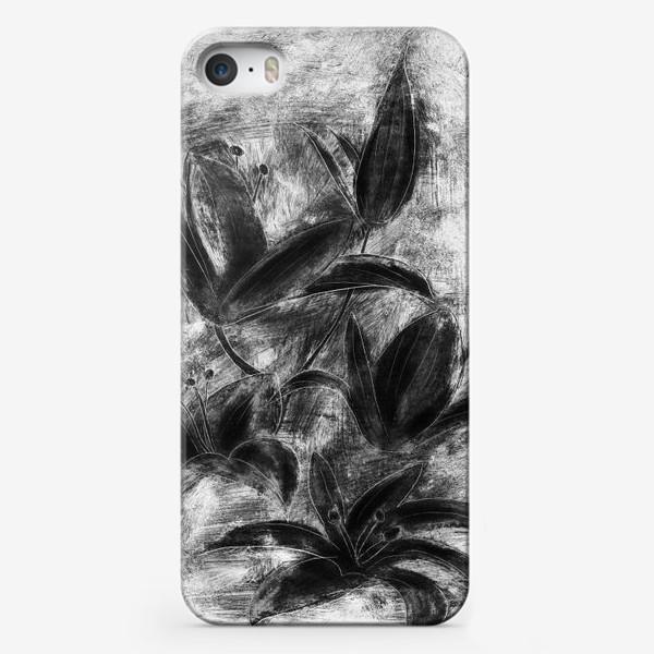 Чехол iPhone «черно-белые лилии»