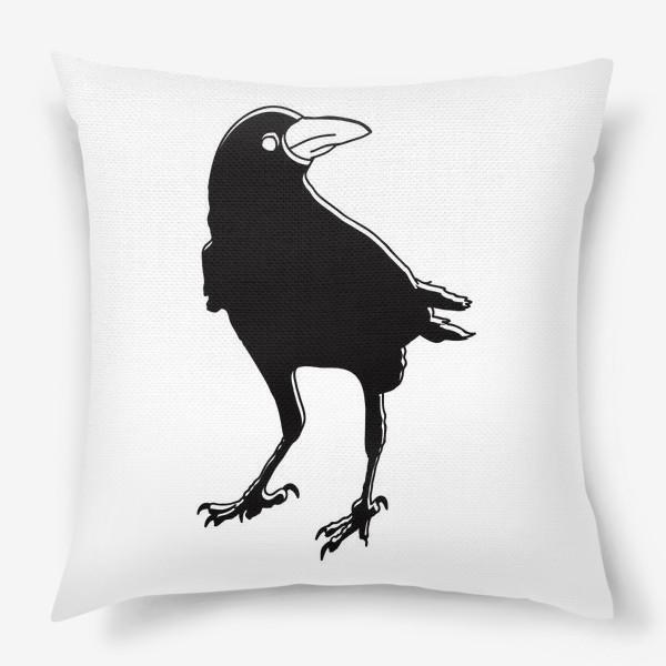 Подушка «Черный силуэт вороны с обводкой»