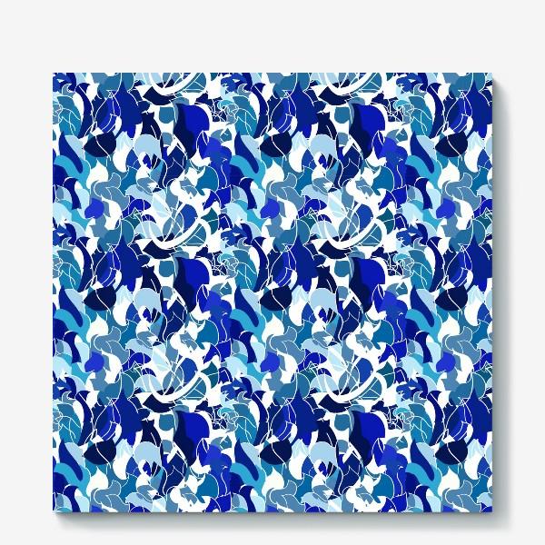 Холст «Абстрактный разноцветный узор в голубой и синей гамме с обтекаемыми мягкими формами.»