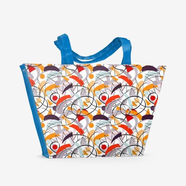 Пляжная сумка «Абстрактный разноцветный узор в серой, розовой и растельной гамме с обтекаемыми мягкими формами.»