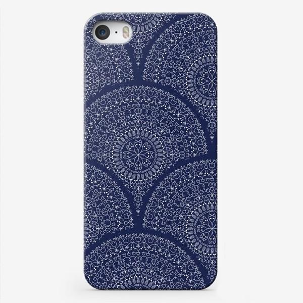 Чехол iPhone «Синий узор с мандалами»