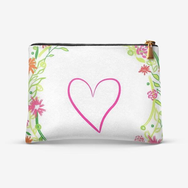 Косметичка «Венок из цветов сердце любовь романтика »