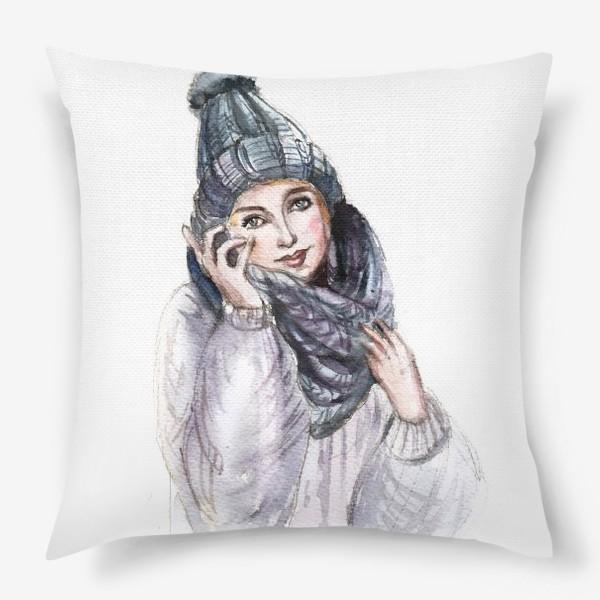 Подушка «Девушка в зимней шапке и шарфе»