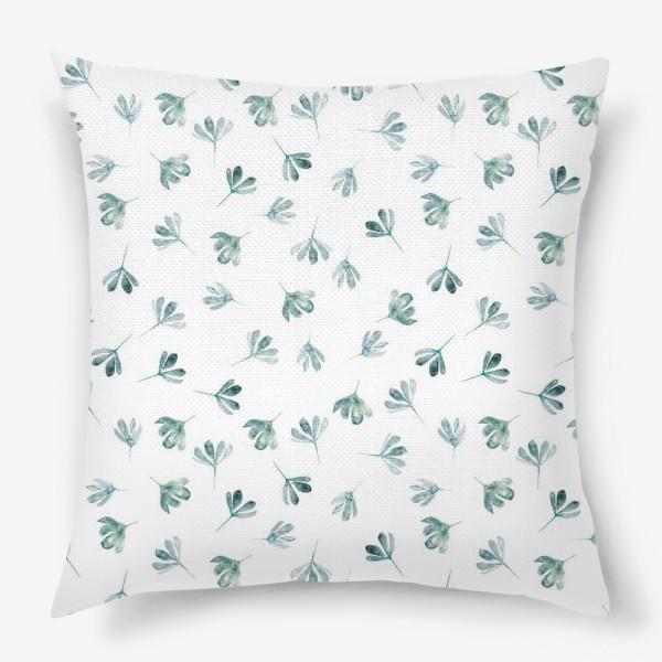 Подушка «Паттерн с голубыми цветами»