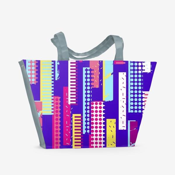 Пляжная сумка «Абстрактный яркий паттерн с полосами»