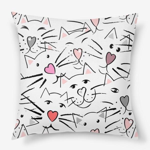 Подушка «Усы и сердечные носы»