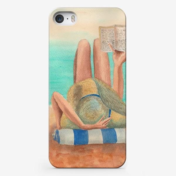 Чехол iPhone «Девушка с книгой на пляже»