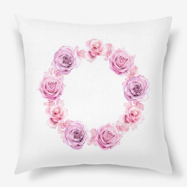 Подушка «Розовый венок»