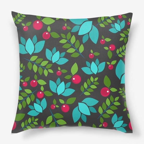 Подушка «Цветочно-ягодный узор»