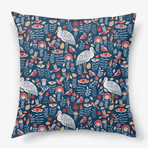 Подушка «Декоративный паттерн с аистами, колибри, цветами на синем фоне. »
