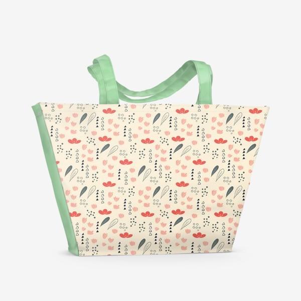 Пляжная сумка «Паттерн с цветочными элементами»
