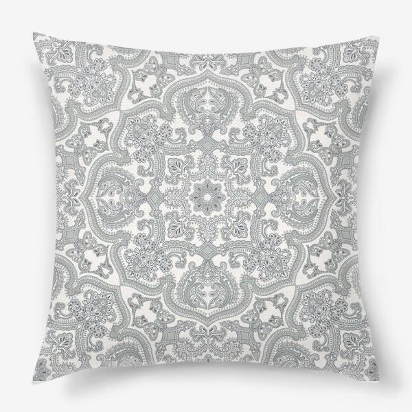 Подушка «орнамент»