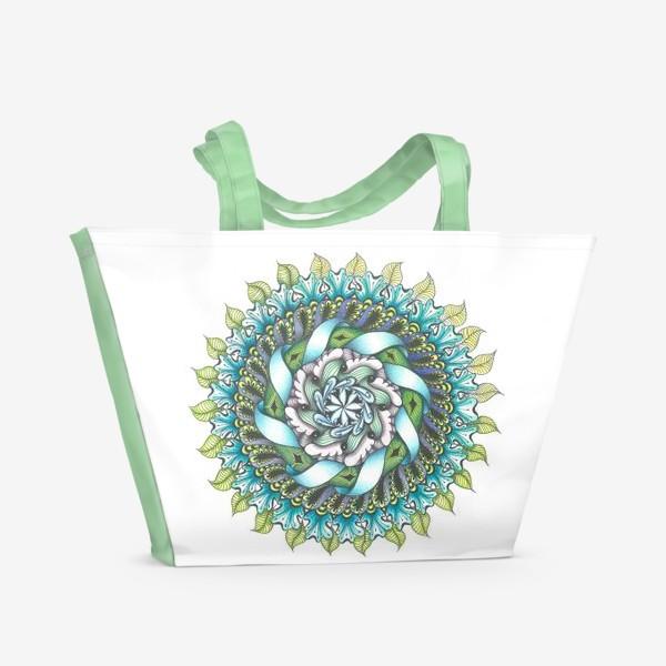 Пляжная сумка «весенняя мандала на белом фоне»