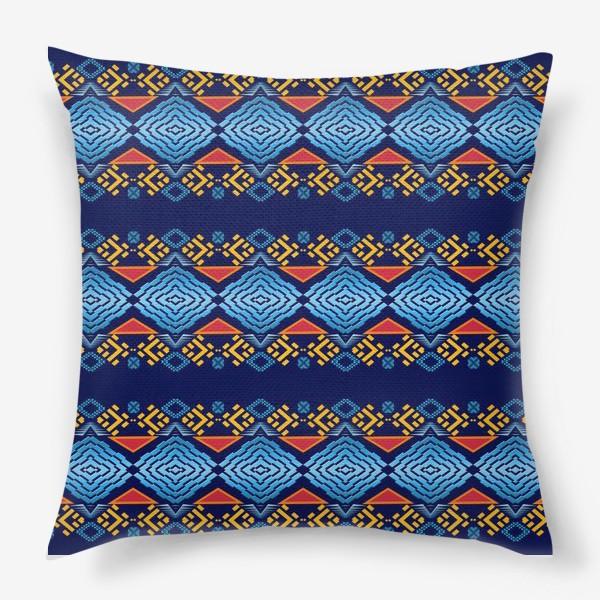 Подушка «Этнический геометрический паттерн»