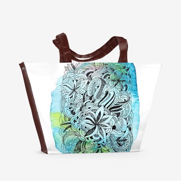 Пляжная сумка «Графика и акварель. Абстрактные цветы на голубом фоне.»