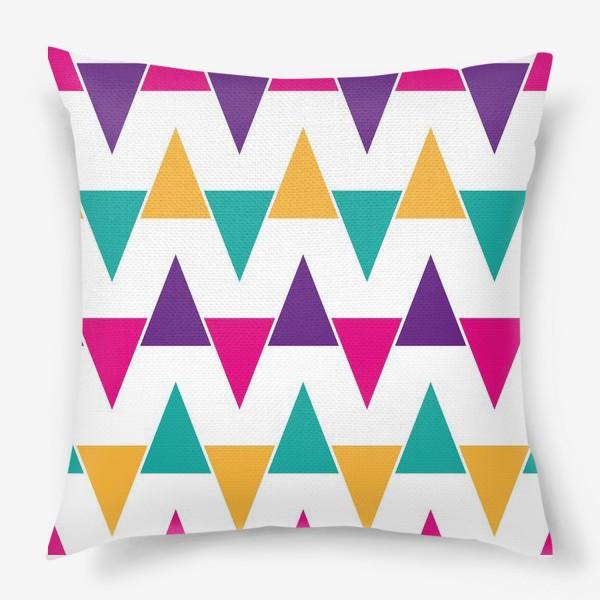 Подушка «Яркий абстрактный узор»