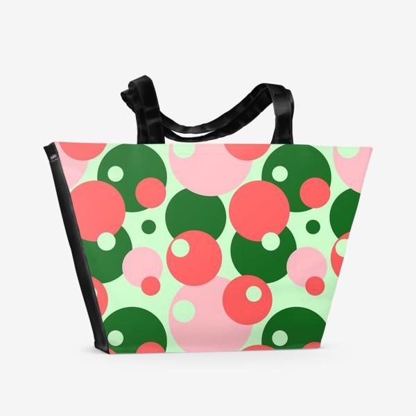 Пляжная сумка «Цветные круги на светло-зеленом фоне»