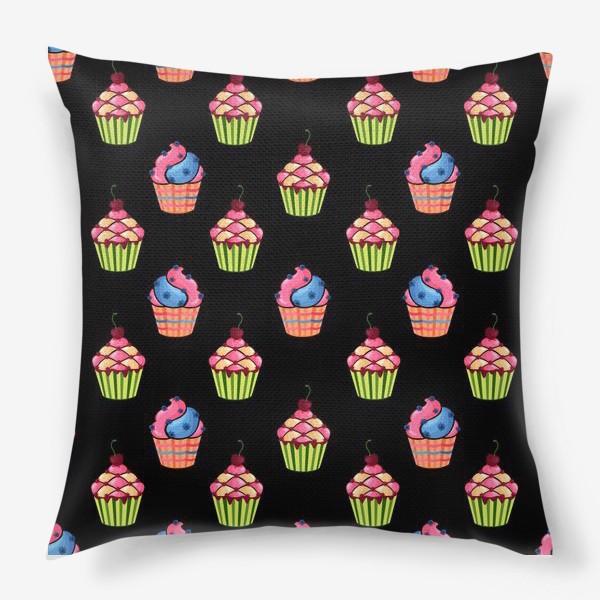 Подушка «Цветные пирожные на темном фоне»