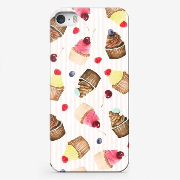 Чехол iPhone «Яркие капкейки и ягоды»