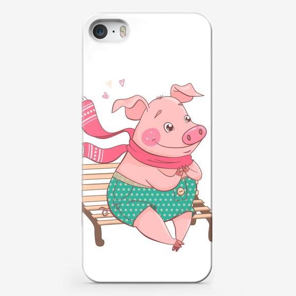 Чехол iPhone «Влюбленный Хрюндель в зеленых штанах в горошек сидит на скамейке»