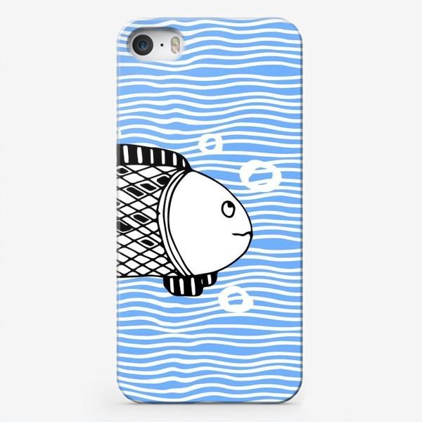 Чехол iPhone «Fish doodle  on  wave background.»