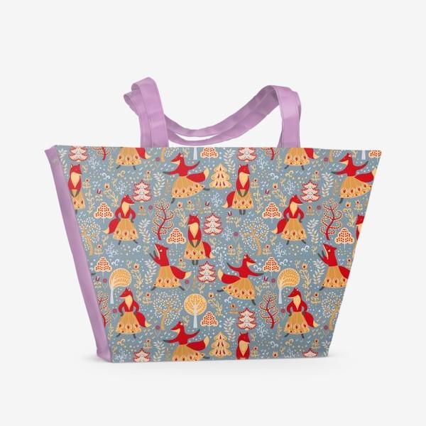 Пляжная сумка «Танцующие лисички в зимнем лесу. »