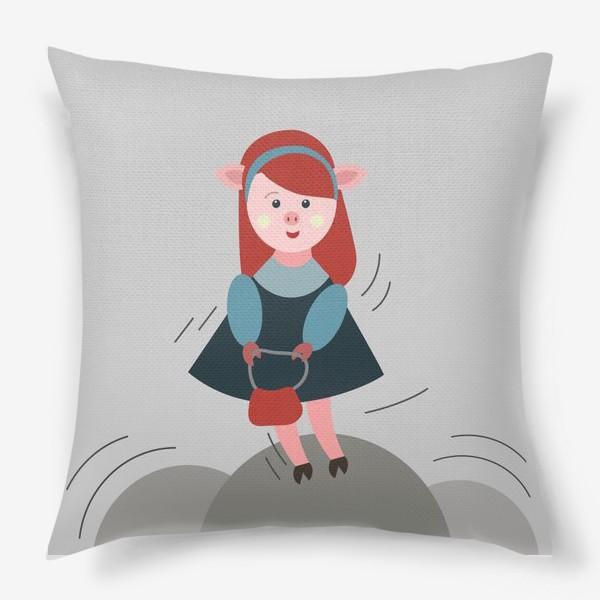 Подушка «Рыжая свинка в платье»