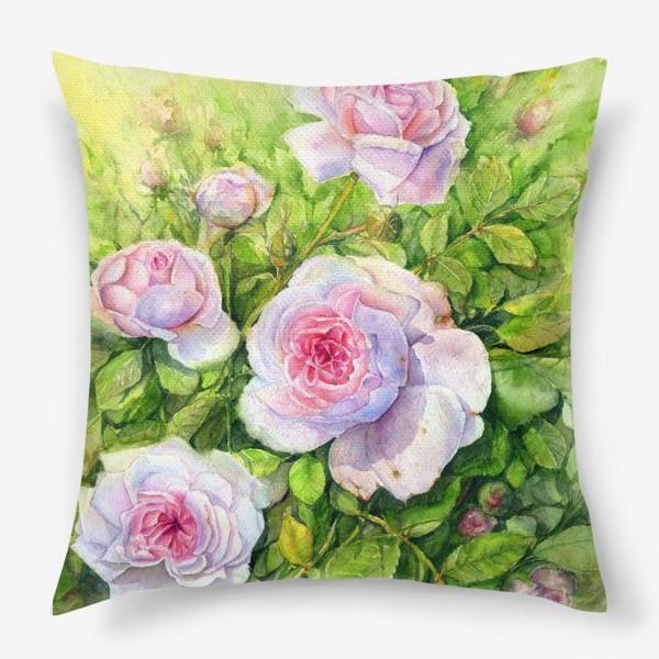 Подушка «Розовый куст»