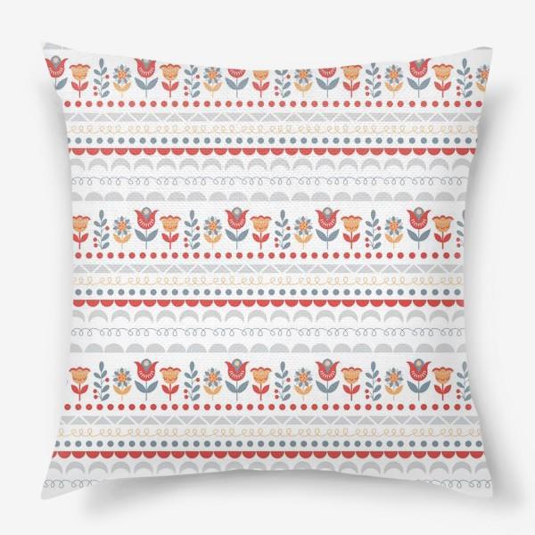 Подушка «Декоративный паттерн в скандинавском стиле с цветами и узорами»