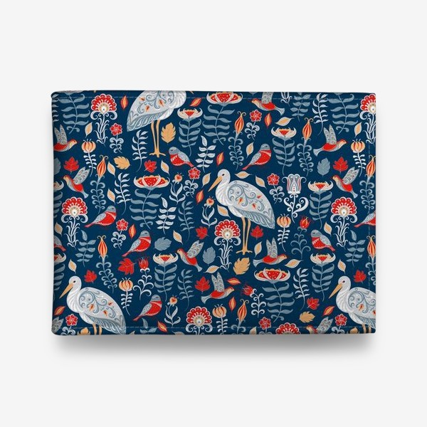 Кошелек «Декоративный паттерн с аистами, колибри, цветами на синем фоне. »