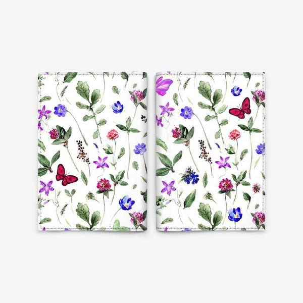 Обложка для паспорта «Цветочный паттерн с клевером и бабочками»