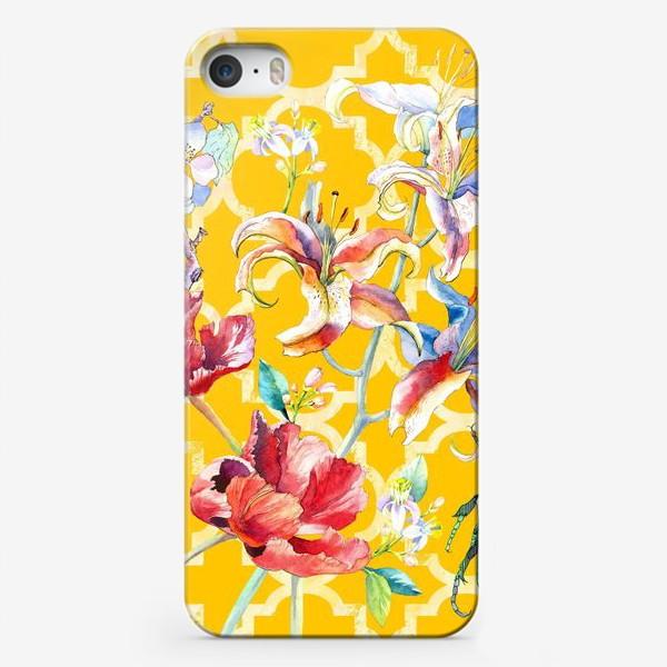 Чехол iPhone «Цветочная композиция желтом фоне»