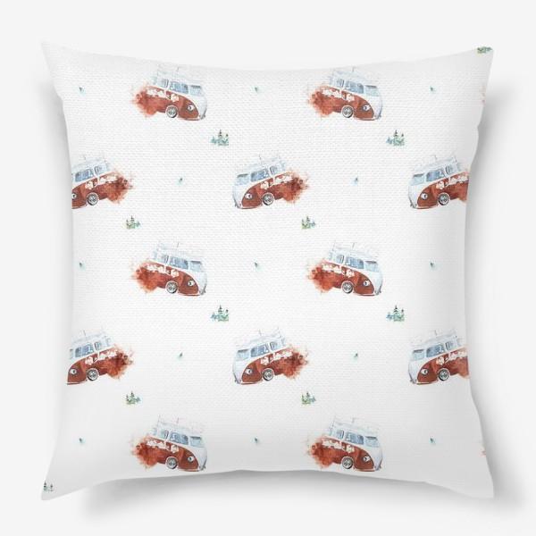 Подушка «Минивэн спешит на помощь (машинки, паттерн, детское)»