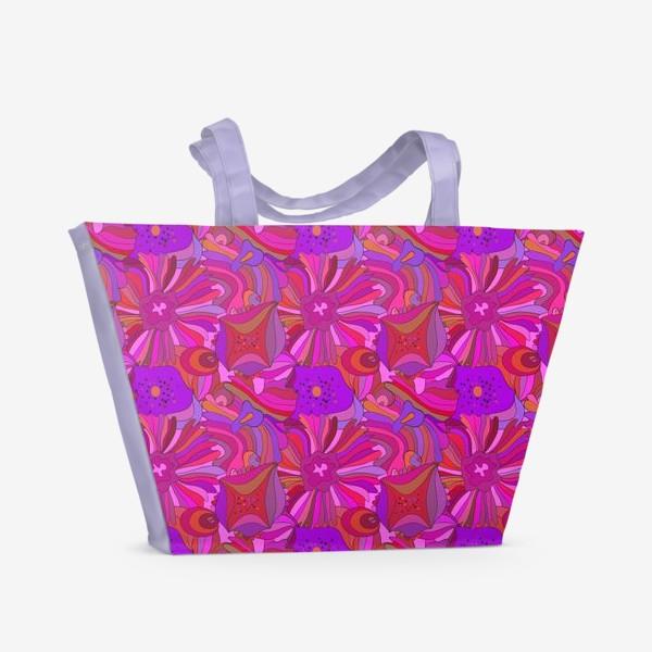 Пляжная сумка «Абстрактный геометрический розовый. фиолетовый, сиреневый узор с экзотическими лепестками и формами»