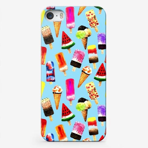 Чехол iPhone «Акварельное разное и яркое мороженное на голубом фоне. Безшовный узор»
