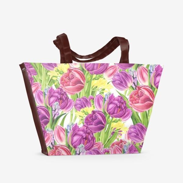 Пляжная сумка «Яркий цветочный принт с тюльпанами»
