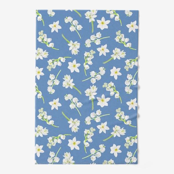 Полотенце «Орнамент с весенними цветами на синем фоне»