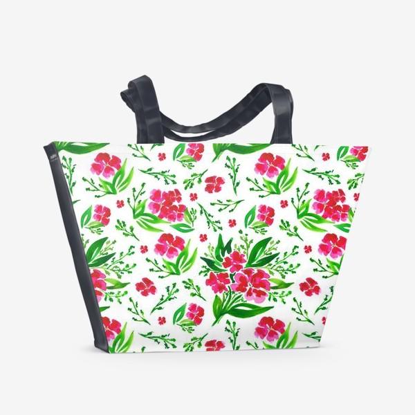 Пляжная сумка «Акварельный цветочный принт на белом фоне»