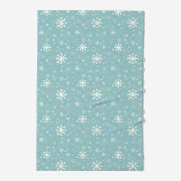 Полотенце «Снежинки на голубом фоне»