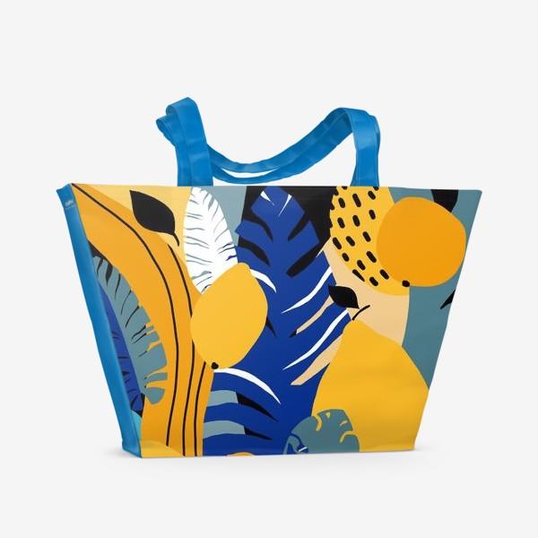 Пляжная сумка «Летняя абстракция тропические листья и фрукты»