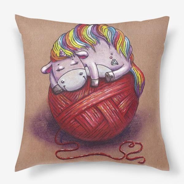 Подушка «Единорог спит. Красный клубок. Вязание.»