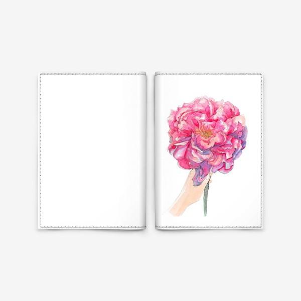Обложка для паспорта «пион в руках»