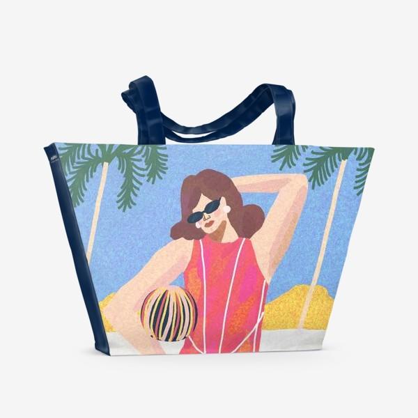 Пляжная сумка «Девушка в розовом купальнике на пляже»