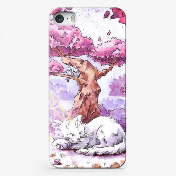 Чехол iPhone «Кот спит под сакурой»