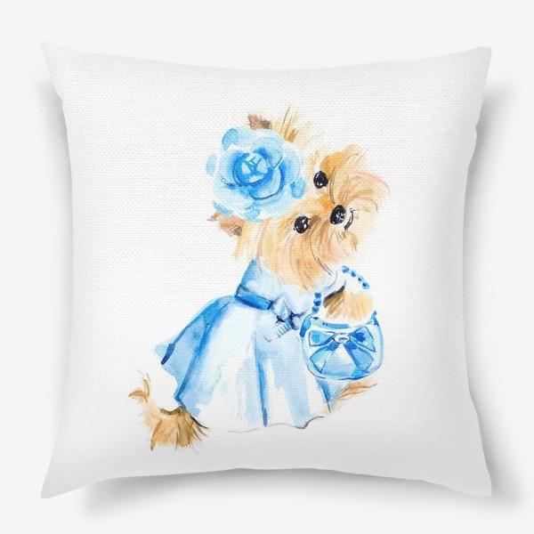 Подушка «Йорк в голубом платье»
