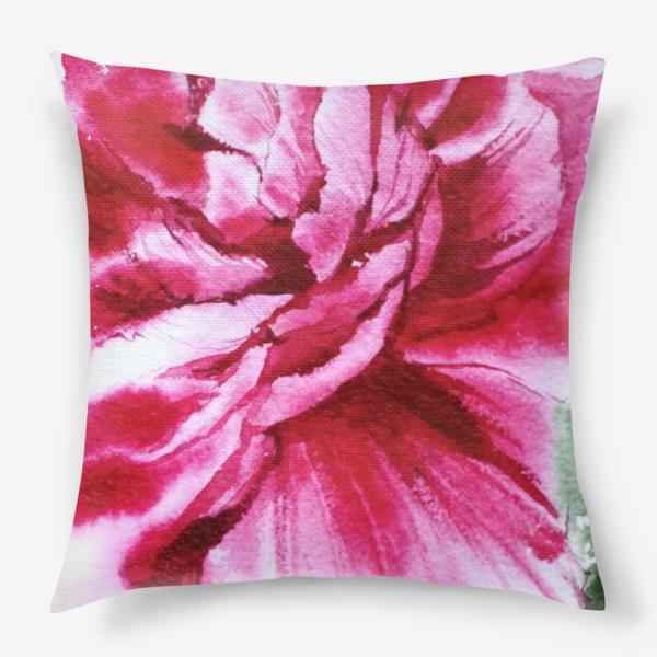 Подушка «Яркий розовый пион»