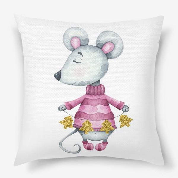 Подушка «Новогодняя милая мышка в свитере с елочной гирляндой»