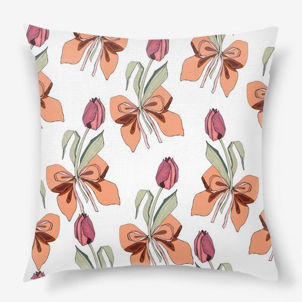 Подушка «тюльпаны с бантиками»