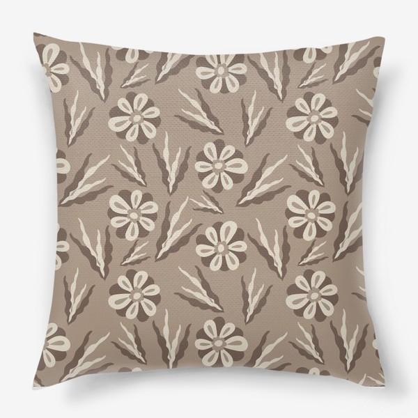Подушка «Простые цветы в пастельных тонах»