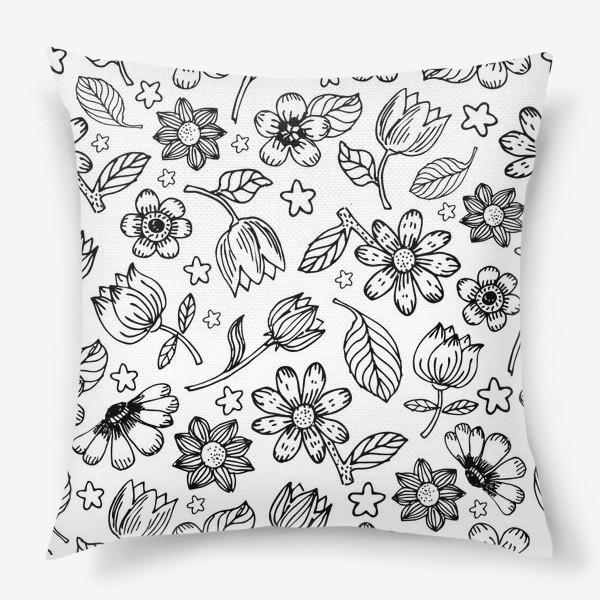 Подушка «Легкий цветочный узор»